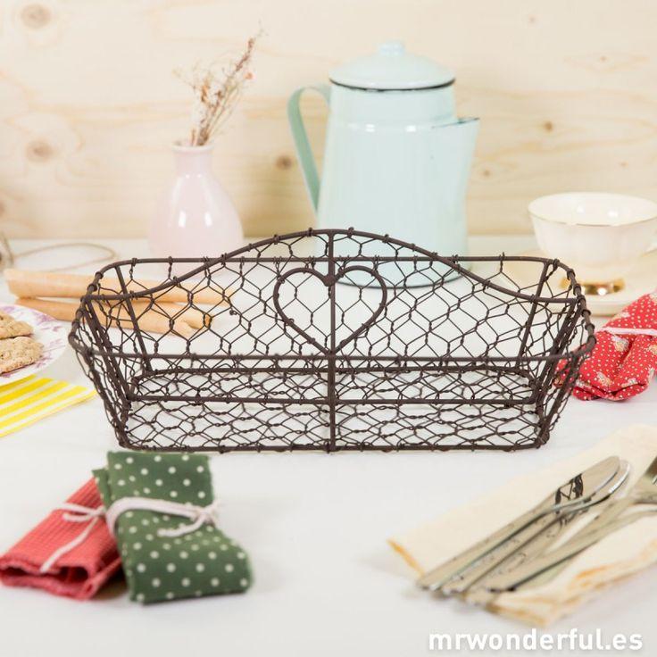 Cubertero de red metálica envejecida #basket #metallic #decor