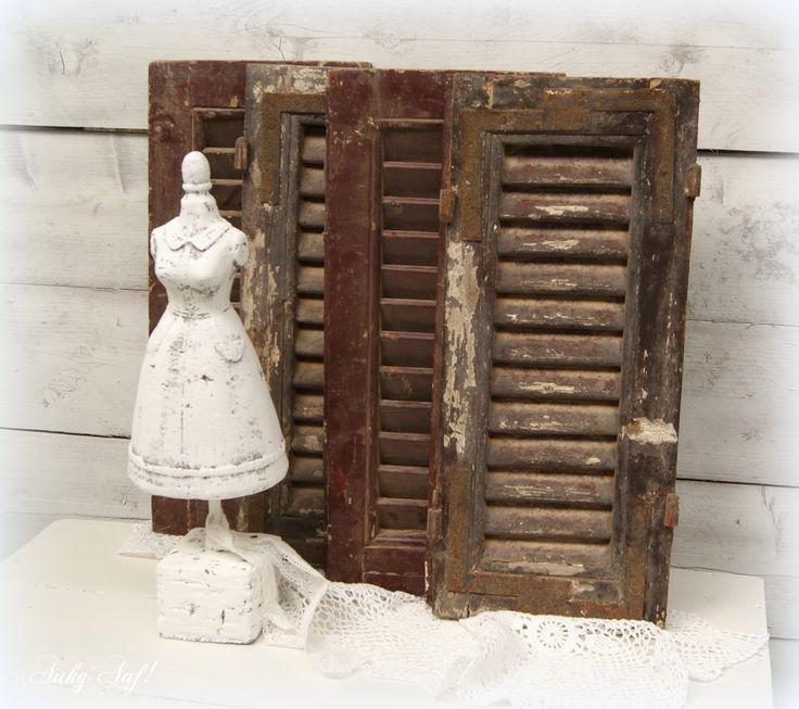 Oude houten luiken € 29,- per stuk te koop bij AukgAaf!