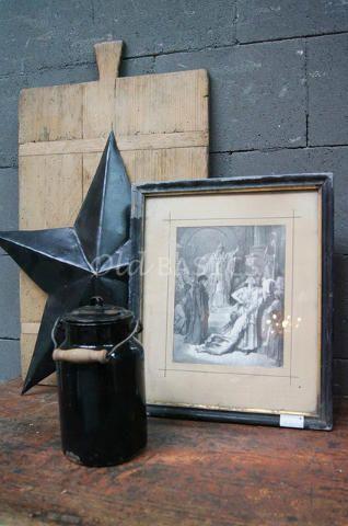 Schilderij 80038 (M) - Prachtig schilderij met een brocante zwarte lijst. In de lijst zit een authentieke tekening. Een echte brocante sfeermaker!