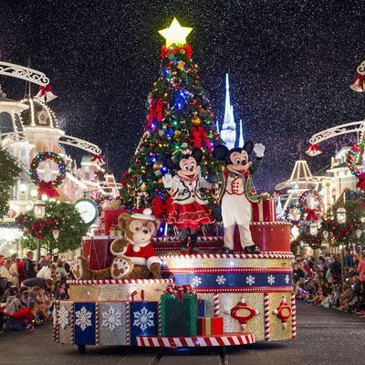 Christmas with characters: Disney Parks light up the holidays