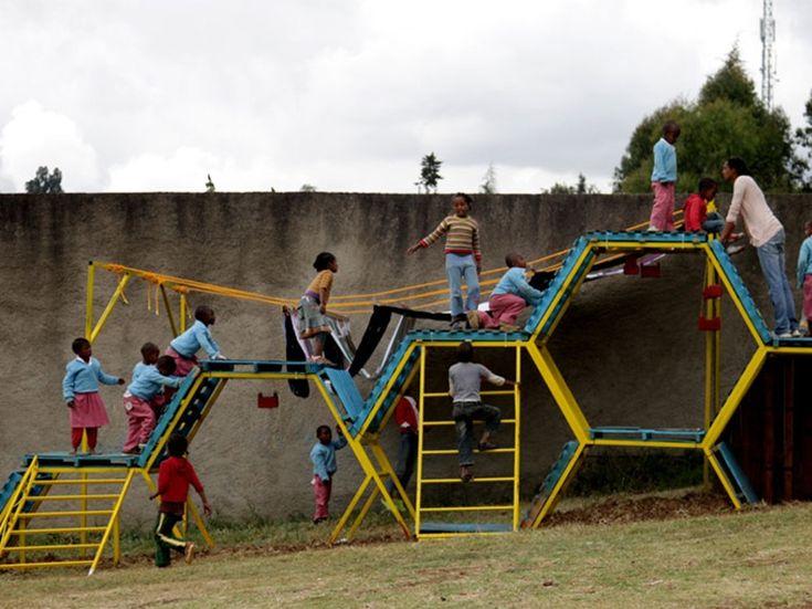 Basurama: from waste to playground