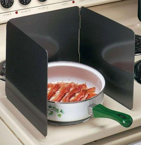 Každá gazdinka by chcela čo najpraktickejšie pomôcky do kuchyne, s ktorými sa jej bude pracovať ľahko a efektívne. Existuje mnoho kuchynských pomôcok, ktoré sú nepraktické a ťažko sa čistia. Pozrite si 19 skvelých kuchynských pomôcok, s ktorými ...