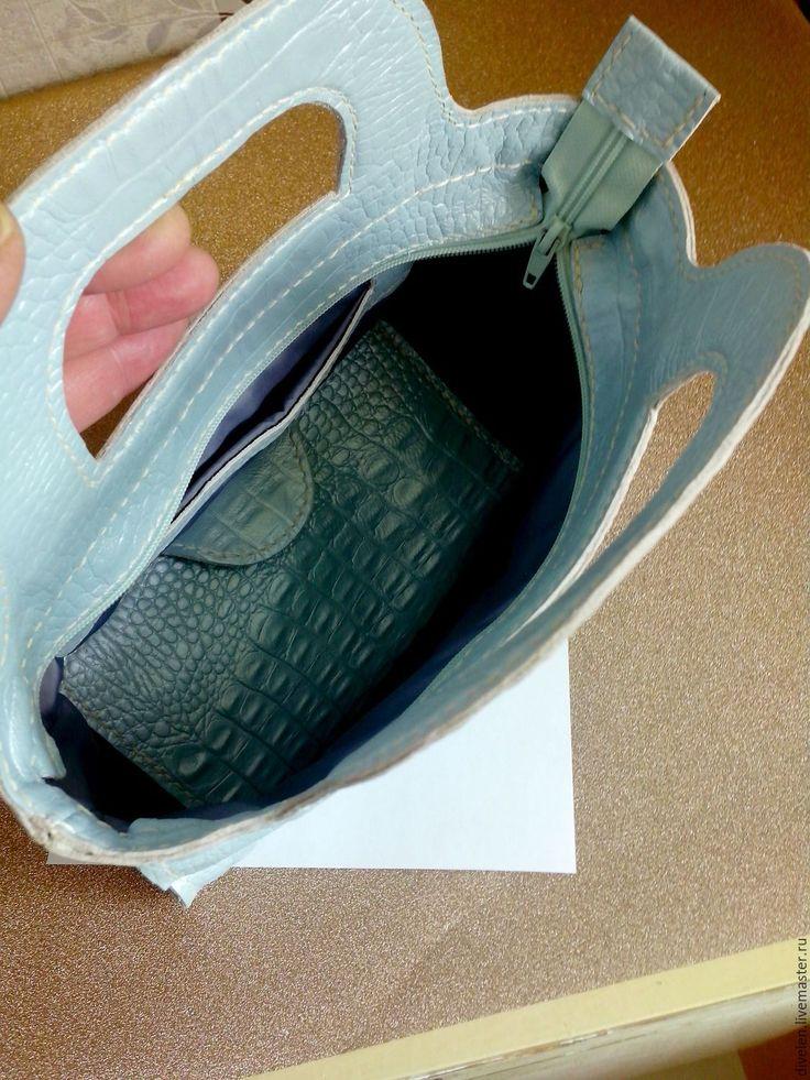 Купить ГОЛУБАЯ БИРЮЗА.Комплект :кожаная сумочка и кошелёк. - голубой, звериная расцветка