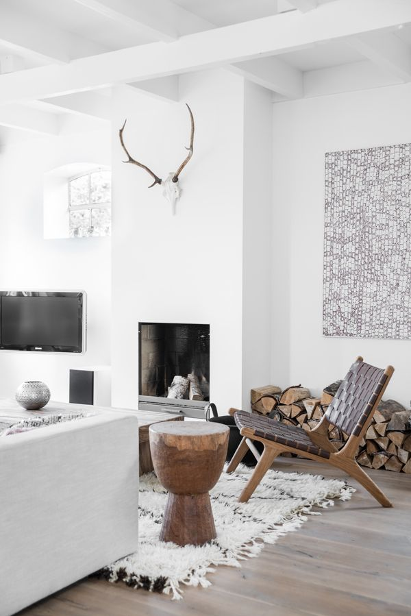 TOUR AROUND MY HOME: THE LIVING ROOM | THE STYLE FILES: