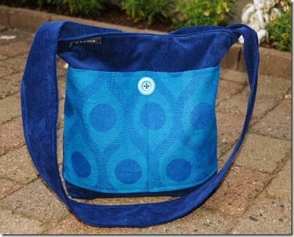 Vintage/retro fabrics into a lovely blue bag. shamubag