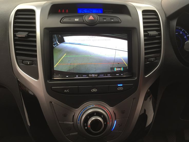 Here we have a Hyundai iX20 fitted up with the latest Pioneer Car AVIC-F77DAB Digital Radio with touchscreen DVD player, complete with Apple Car Play!