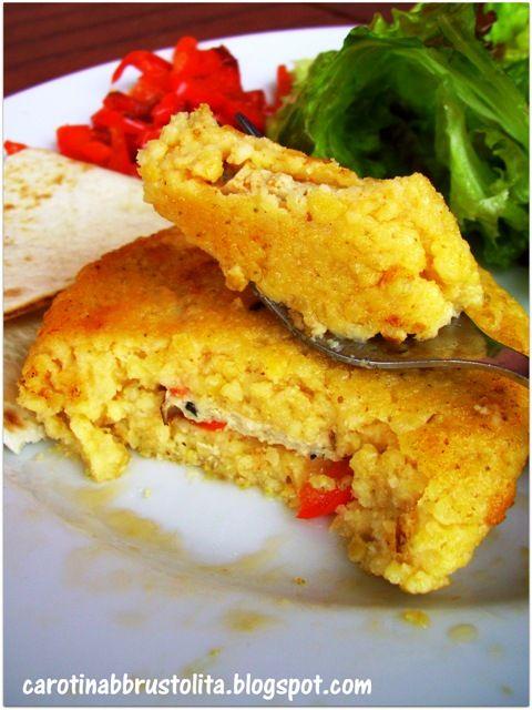 Carotina abbrustolita: Cotoletta miglio e ceci farcita di peperoni e tofu affumicato