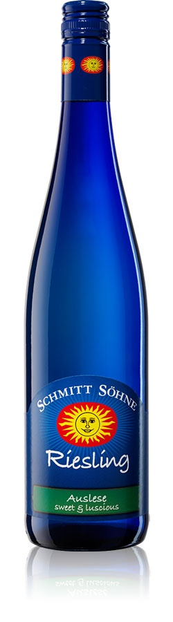 Schmitt Söhne Wines - German Riesling  #Wine AUSLESE ~ Sweet & Luscious ..This Riesling is produced from individually selected overripe grapes resulting in a full-bodied, luscious wine with hints of apricot, nectarine and honey. It has intense flavors and a lingering aftertaste.