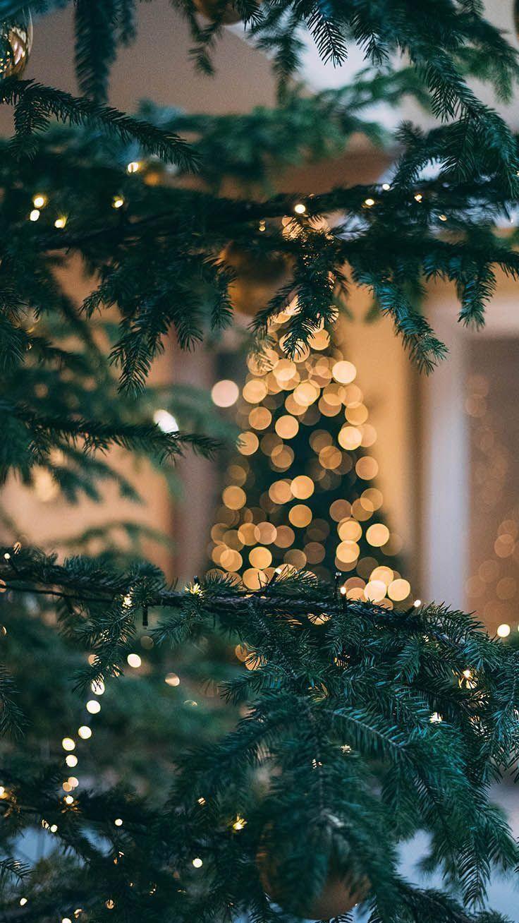 Happy Holidays Enjoy 35 Christmas Iphone Wallpapers By Preppy Wallpapers Iphone7 Wallpaper Iphone Christmas Christmas Phone Wallpaper Xmas Wallpaper