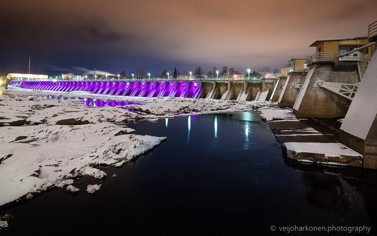 Last dam in river Oulujoki inside city of Oulu.