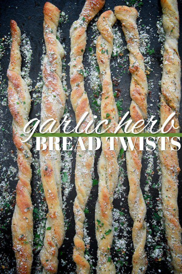 Garlic Herb Bread Twists // shutterbean @Shutterbean