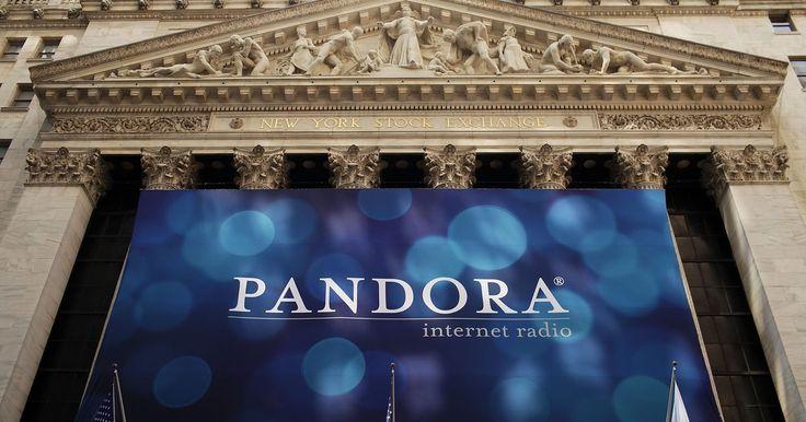 ¿Cómo utilizar la radio Pandora en tu equipo de estéreo?. Pandora Radio es un servicio de música digital que transmite contenido a través de Internet a tu computadora o reproductor de música portátil. El servicio también está disponible en los sistemas de sonido estéreo digital que están habilitados para Internet y sean compatibles con el servicio. Si tu equipo de música no es capaz de aceptar señales ...