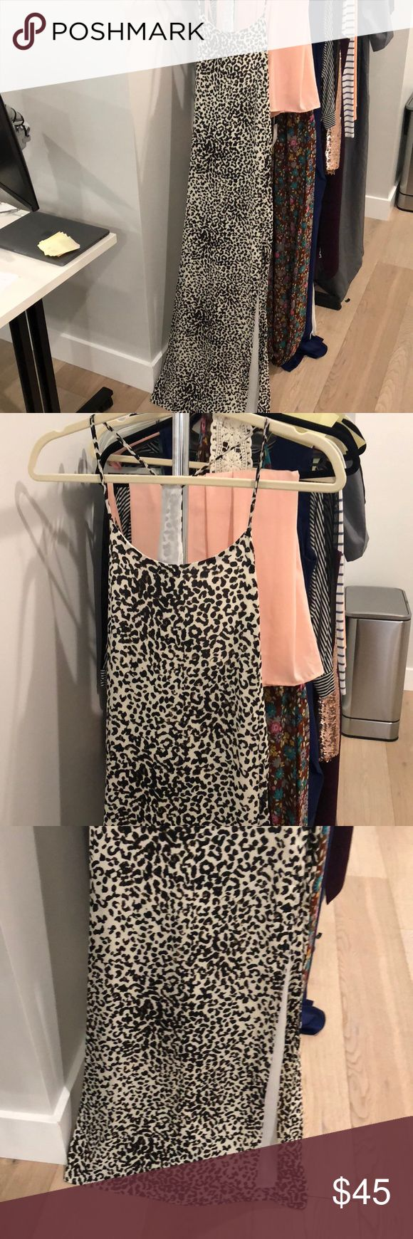 Leopard maxi dress, gorgeous flattering material Beautiful maxi dress with slit worn once Dresses Maxi