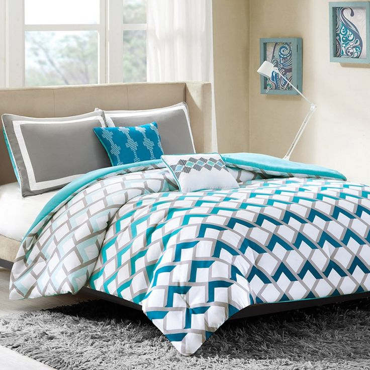 Finn Full Queen Comforter Set for students living in dorm rooms or apartments at college or boarding school, on campus or off.