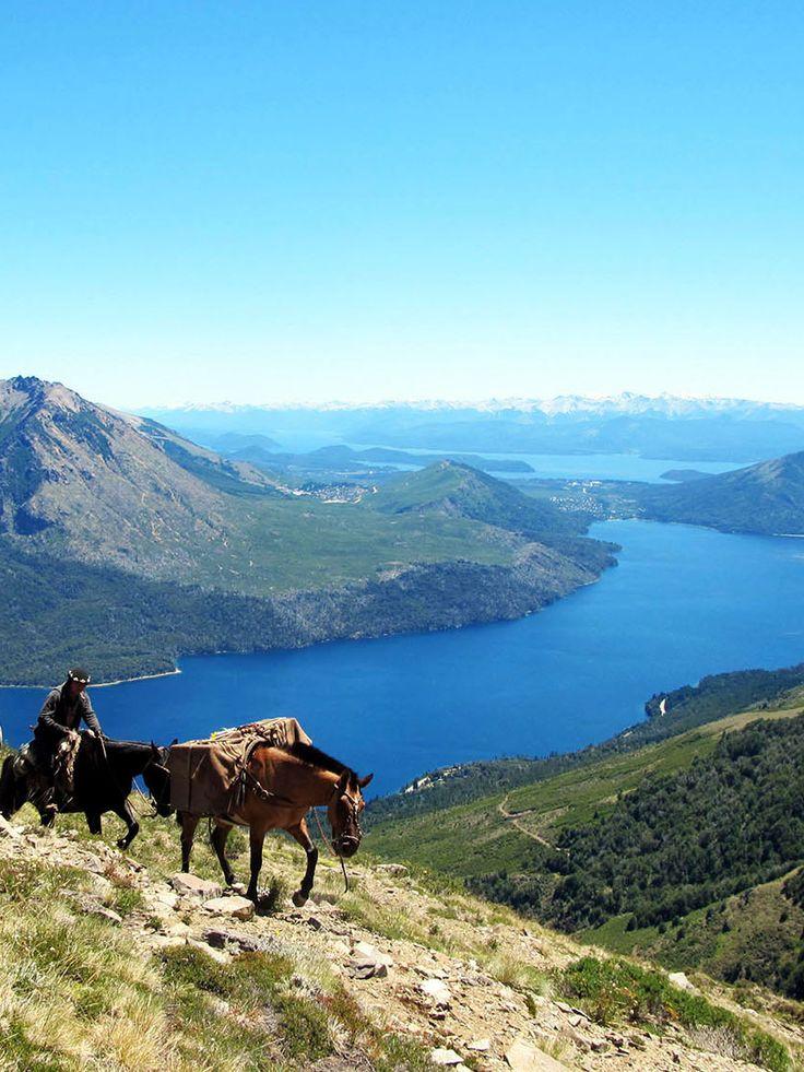 Paysage de Patagonie argentine pendant une expédition à cheval #argentine #chevaldaventure