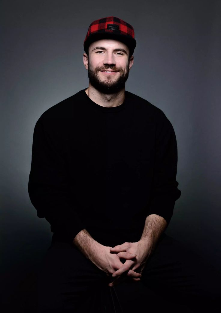 "NEW YORK (AP) — Sam Hunt may be celebrating the one-year anniversary of his debut album, but most of the songs from ""Montevallo"" have been living online since 2013."