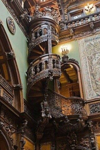 Peleș Castle in Romania | #MostBeautifulPages