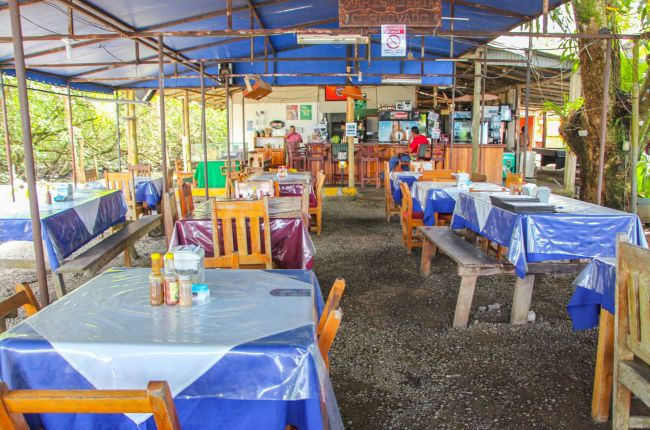 Marisqueria Corcovado table layout Puerto Jimenez, Puntarenas Costa Rica #seafood #restaurant #review #yum #foodie #food