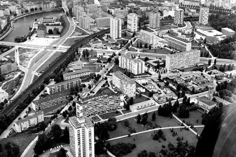 Interbau exhibition from air. Gropius' building is in the immediate foreground