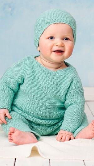 Strikkeopskrift   Strik fint babysæt i turkis farve   Blød strik til babyer   Strik til børn med søde motiver og detaljer   Lun og blød børnestrik