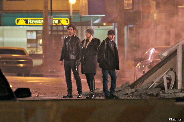 """Jennifer Morrison, Colin O'Donoghue and Jared Gilmore - Behind the scenes - 5 * 20 """"Firebird"""" - 23 February 2016"""