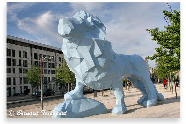Le Lion bleu Place Stalingrad Bordeaux rive droite - la Bastide