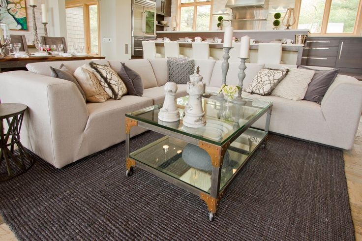 Featured living room from Bryan and Sarah Baeumler's Cottage #bryanbaeumler #sarahbaeumler #HOB2 #houseofbryan2