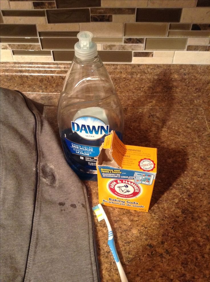 25 best ideas about grease clothing on pinterest grease stain removers stains and sweat stains - How to remove grease stains from kitchen cabinets ...
