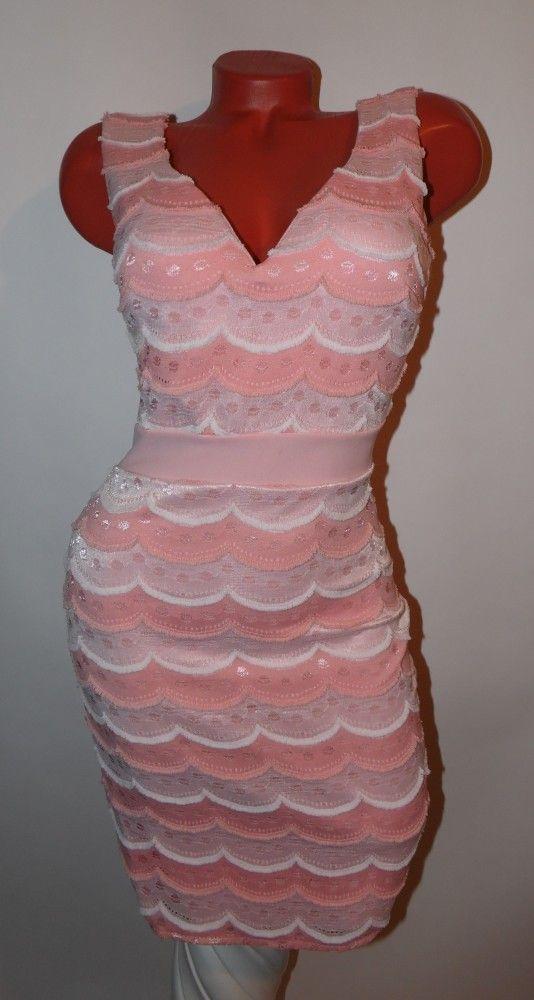 Elegáns csipke díszítésű testhezálló ruha S-M-L