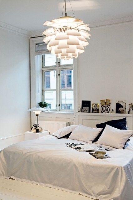 Minimalist Monochrome - Bedroom Decorating Ideas & Designs (houseandgarden.co.uk)