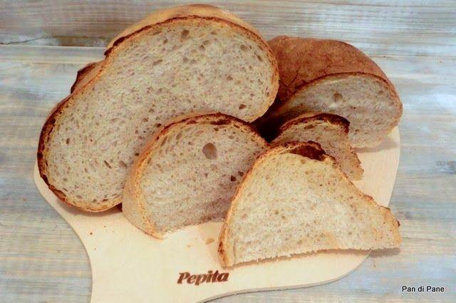 VivaLaFocaccia || Pane cotto su pietra refrattaria. Questa è una ricetta molto semplice e di buona riuscita quindi adatta a chi inizia.