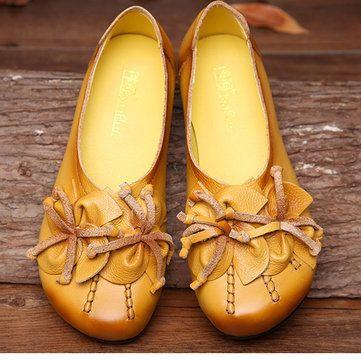 Socofy Flower Tassel Soft Leather Slip On Flat Casual Vintage Shoes