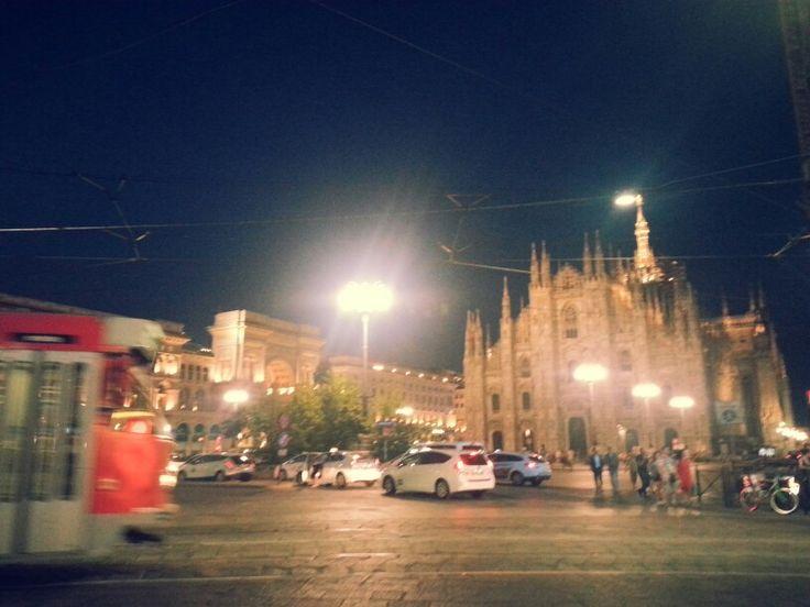 Piazza Duomo , MİLANO