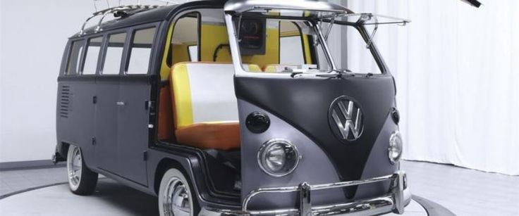 """1967 Volkswagen Kombi Tuned To Please """"Back to the Future"""" Fans"""