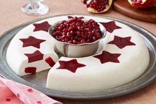 Crema de vainilla con estrellas de gelatina de frambuesa y granada.