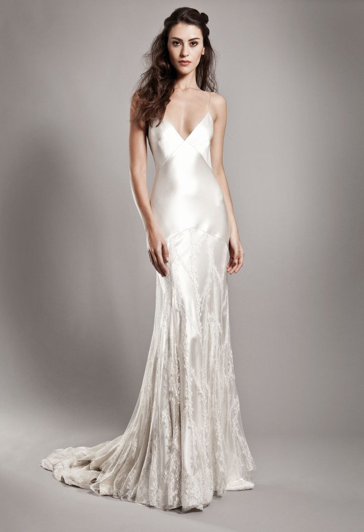 Collection 2015 Christophe-Alexandre Docquin - Modèle Kensington http://justaperfectday.fr/#!/collections/christophe-alexandre-docquin/