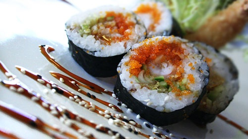 Restaurant Next to is the little sister of the adjoining #Oishii and offers just as many varied dishes from the Pan-Asian kitchen. It is also possible to take a cooking course for learning how to make sushi. #Aachen