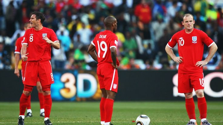 BLOEMFONTEIN, SOUTH AFRICA - JUNE 27: Wayne Rooney and Jermain Defoe of England look dejected as they prepare to restart the match during the 2010 FIFA World Cup South Africa Round of Sixteen match between Germany and England at Free State Stadium on June 27, 2010 in Bloemfontein, South Africa. (Photo by Michael Steele/Getty Images)