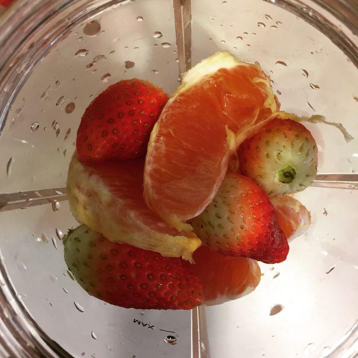 1 #sunkist #caraorange;  4 #koreanstrawberry; #nutriblitzer