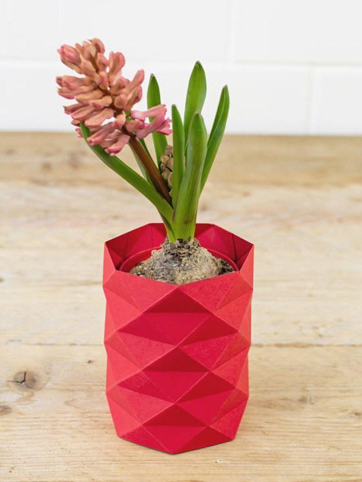 DIY tutorial: Origami vaas vouwen via DaWanda.com