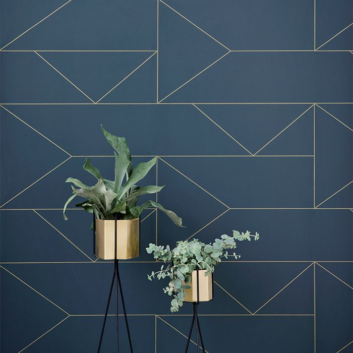 Lines Tapet, Mörkblå 720 kr. - RoyalDesign.se