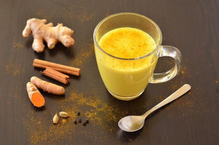 Milch mit Kurkuma, Ingwer, Kardamom und Zimt Sie soll helfen die Leber zu…