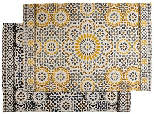 les 325 meilleures images propos de decoracion salones sur pinterest christian lacroix. Black Bedroom Furniture Sets. Home Design Ideas