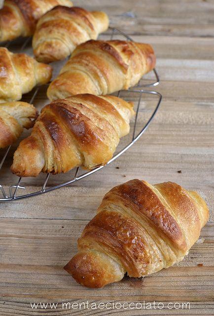 Croissants sfogliati al Pistacchio #croissants
