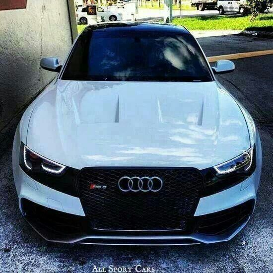 White RS5.. VENTS I Like