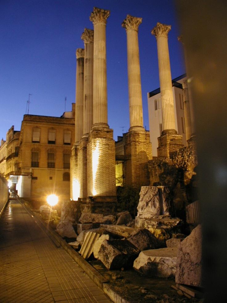Templo Romano, Calle Claudio Marcelo, Córdoba - España