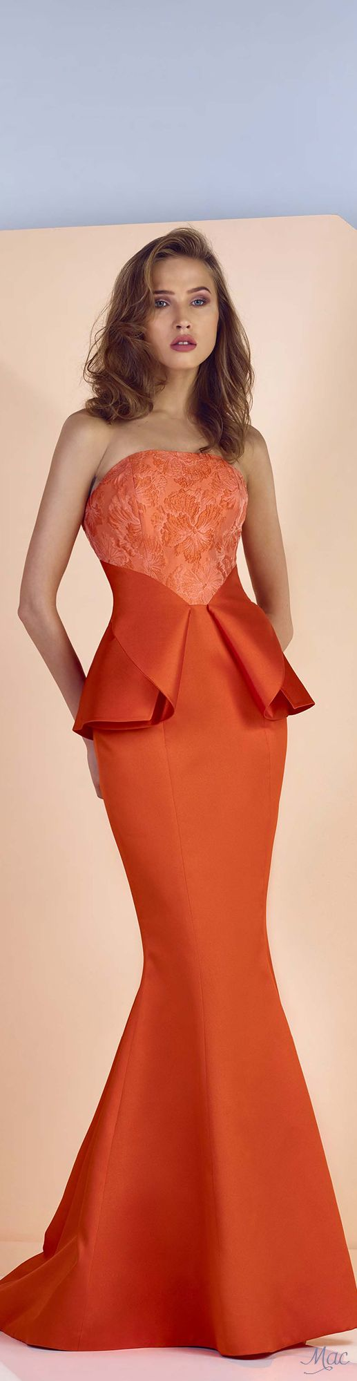 Spring 2017 Ready-to-Wear Divina by Edward Arsouni