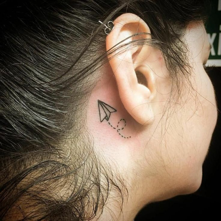 Small tattoo motives for behind the ear for women – Cool and diverse ideas for inspiration