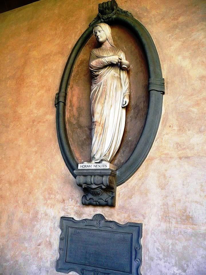 Санта Кроче. Посвящено легендарной сестре милосердия Флоренс Найтингейл (Florence Nightingale).