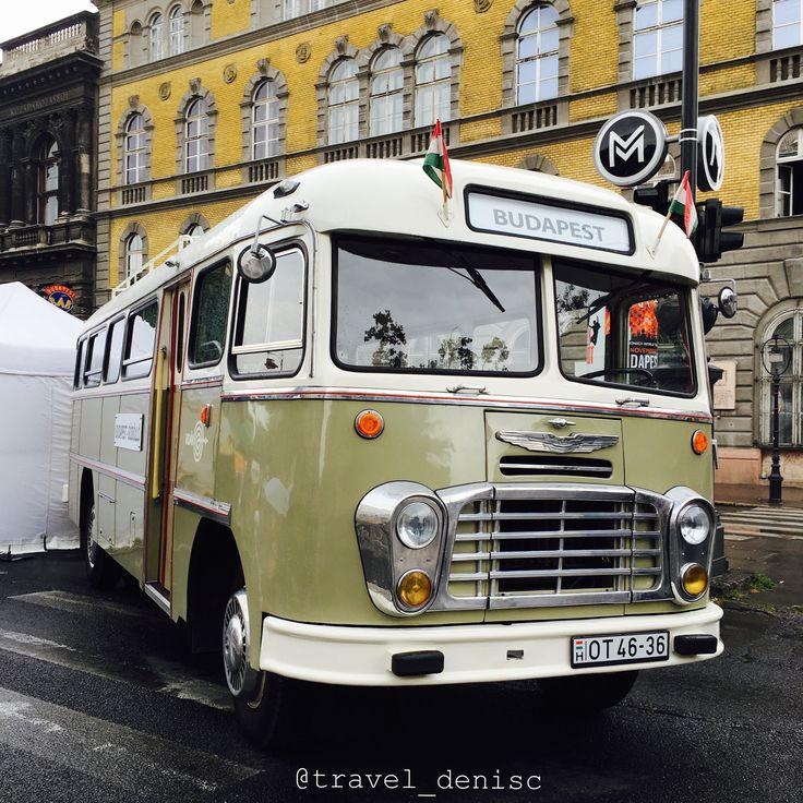Budapest antique bus